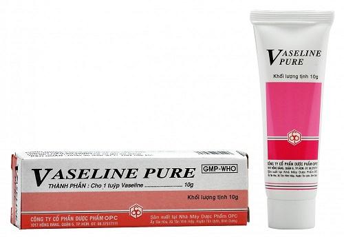Kết quả hình ảnh cho vaseline pure tiệm thuốc